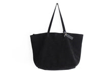 Load image into Gallery viewer, Anita TOTE bag, Shoulder bag made of black leather personalized with your name