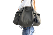Load image into Gallery viewer, Susy Leather shoulder bag made of italian leather dark grey personalized with your initials