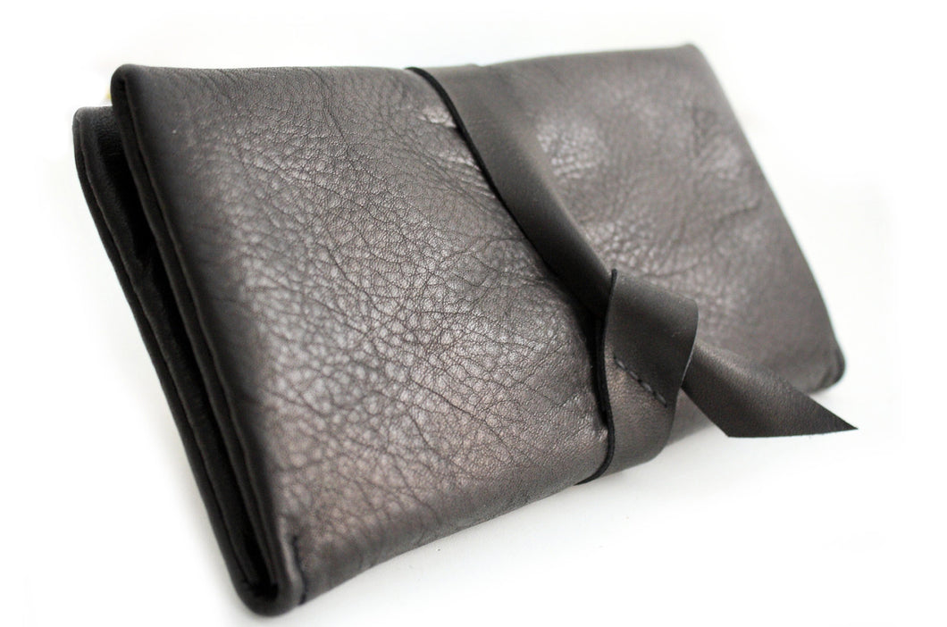 Cris leather wallet black color. Customizable wallet with your initials