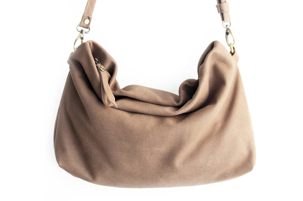 Leather crossbody bag, SHOULDER BAG made of italian Taupe leather, light brown / taupe. Silvie leather crossbody bag