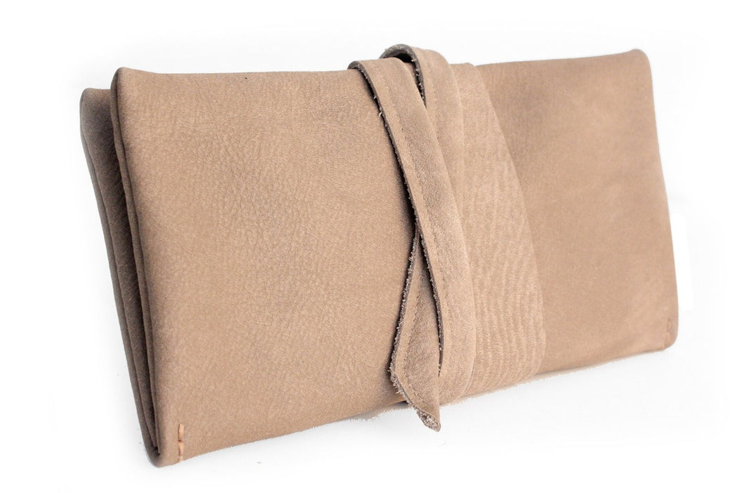 Wallet Cris, leather wallet color light brown, taupe leather wallet for women. Cris LEATHER WALLET