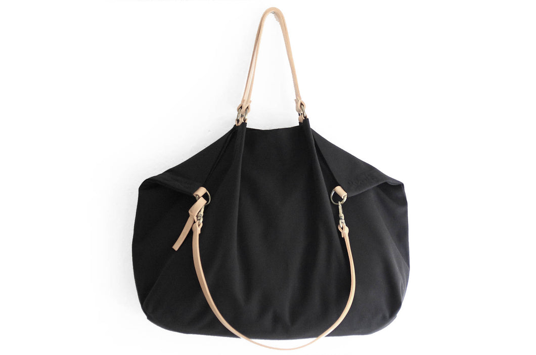 Weekend bag canvas and leather shoulder bag, black. Personalized bag with name