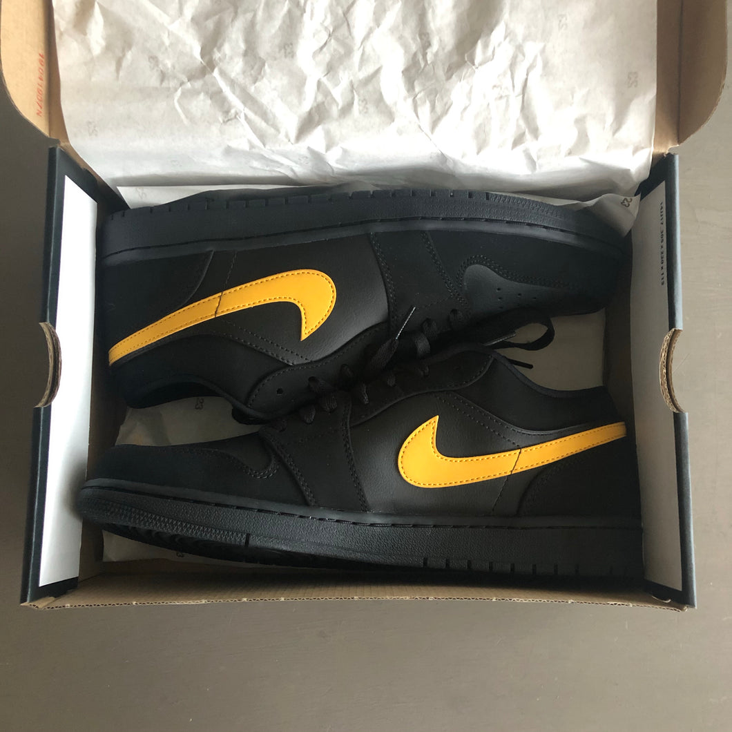 Air Jordan 1 Low (Black/University Gold)