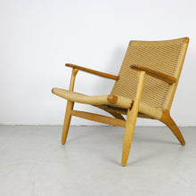 Load image into Gallery viewer, Arm chair CH 25 oak by Hans J. Wegner for Carl Hansen