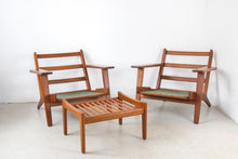 Load image into Gallery viewer, Set of 2 armchairs model 290 by Hans J. Wegner for Getama