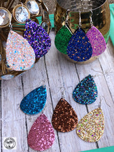 Load image into Gallery viewer, Glitz Earrings