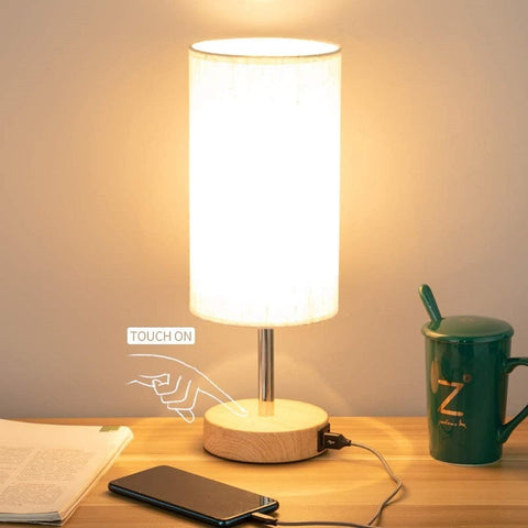 Dimmable Lamp With USB Port
