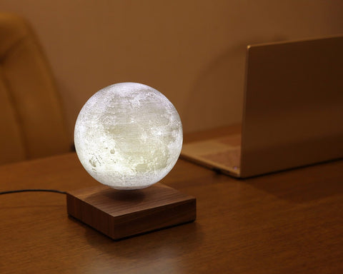 levitating-moon-lamp