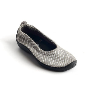 A'rcopedico L15 Slip On Flats
