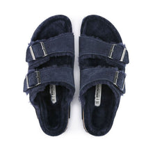 Load image into Gallery viewer, Birkenstock Arizona Shearling Sandal in Night