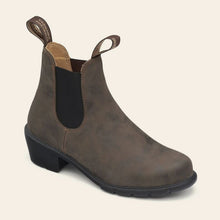 Load image into Gallery viewer, Blundstone 1677 Heeled Boots in Rustic Brown