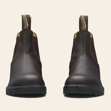 Load image into Gallery viewer, Blundstone 550 Chelsea Boot in Walnut