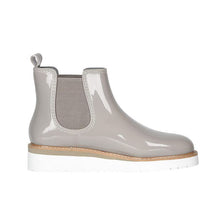 Load image into Gallery viewer, Cougar Kensington Chelsea Boot in Glossy Dove