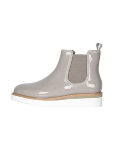 Cougar Kensington Chelsea Boot in Glossy Dove