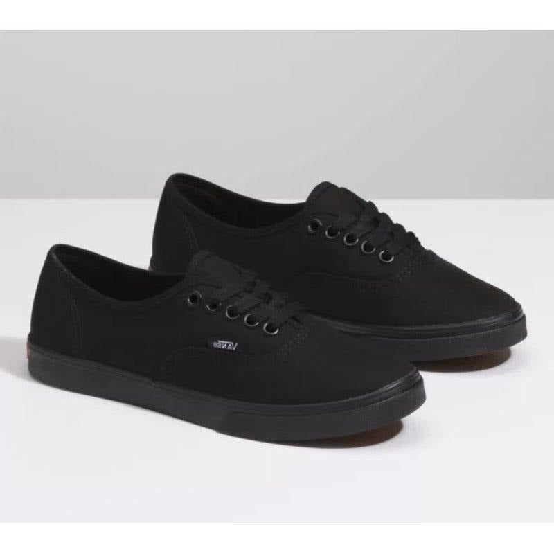 Vans Authentic Lo Pro Black/Black