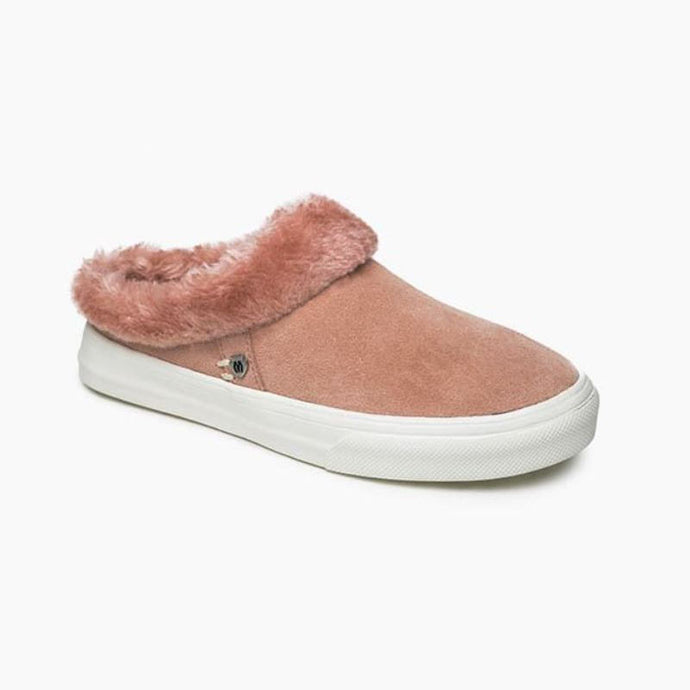Minnetonka Women's Windy Slide On Sneaker in Blush
