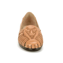 Load image into Gallery viewer, Softspots Trinidad Huarache Flats in Natural