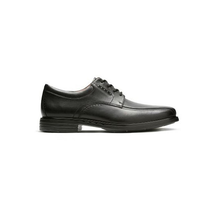 Clarks UnKenneth Way Dress Shoe - Men, Black