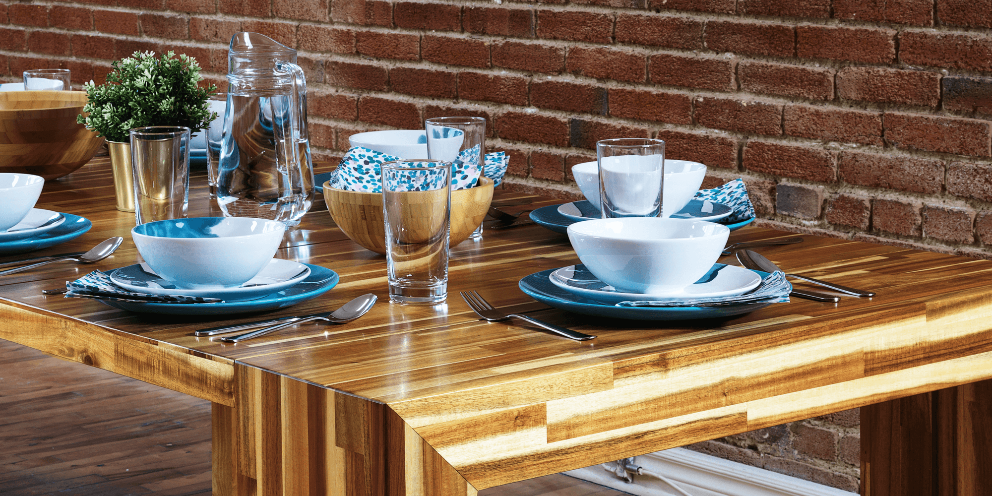 Transformer Expandable Dining Table in Hardwood