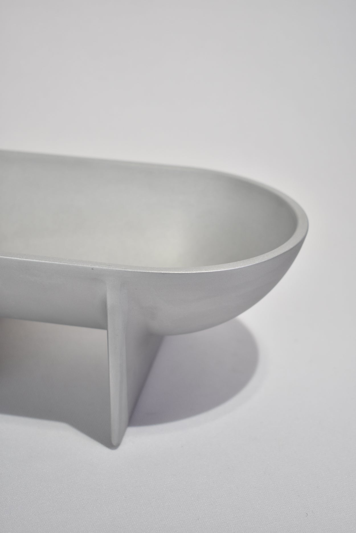 Raw Large Standing Bowl