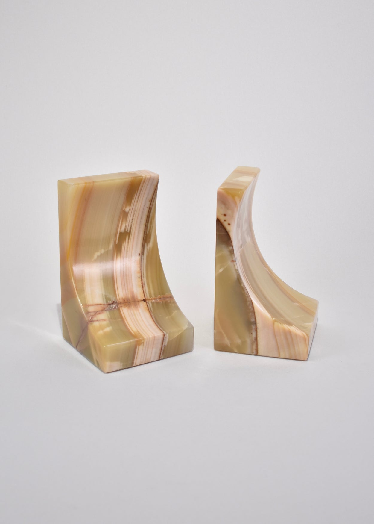 Curved Onyx Bookends