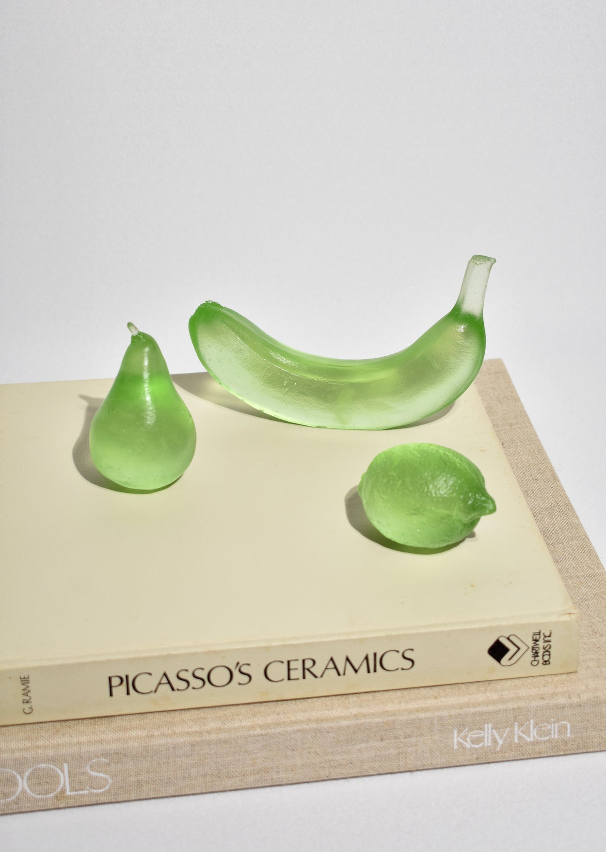 Glass Pear in Lime