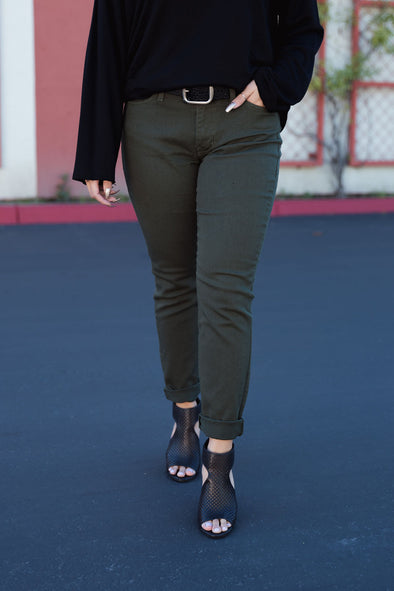 Shop Kim Jean The Kim jean will definitely make you feel unstoppable, the army green denim will add the perfect pop to any plain old outfit!  Army Green Denim  Relaxed Fit True to Size 27.00 USD // ShopBellaAllure.com