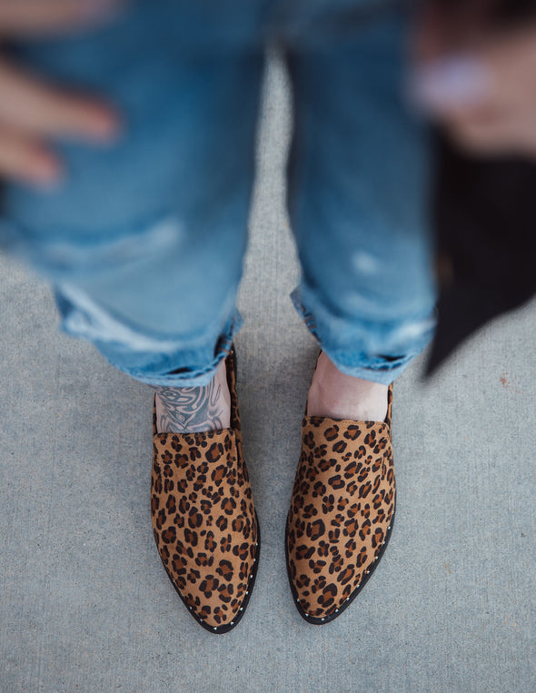 Austin Studded Pointed Toe Leopard Flats | Bella Allure Boutique