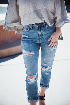 Susan Distressed Relaxed Fit Jean | Bella Allure Boutique