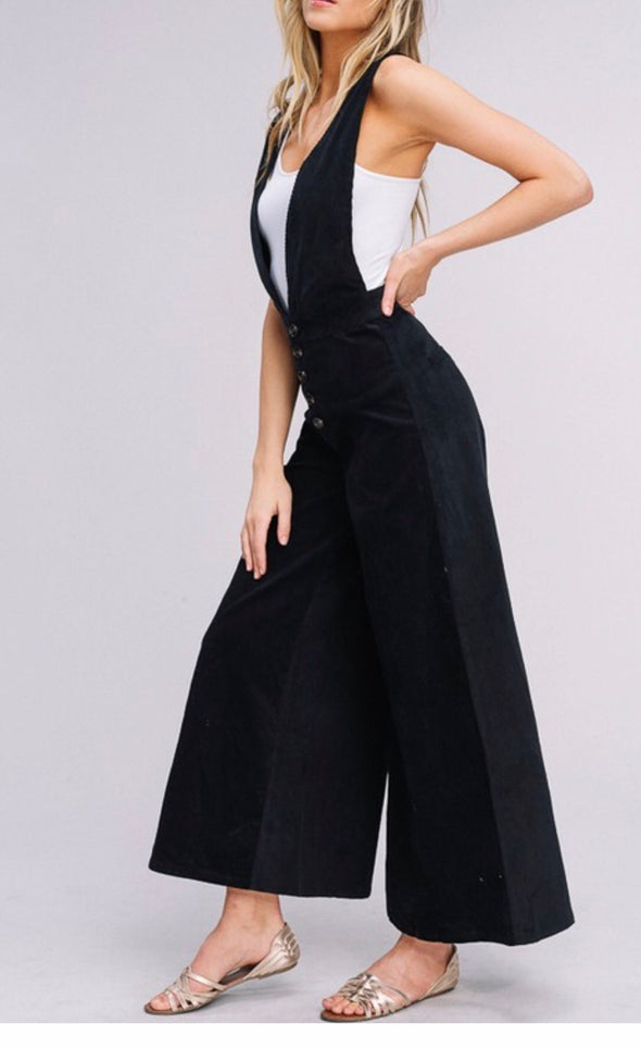 Everly Overall Black Jumpsuit | Bella Allure Boutique
