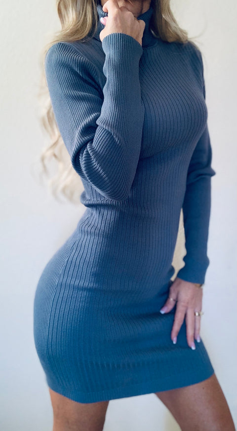 Reveal Ribbed Dress Blue