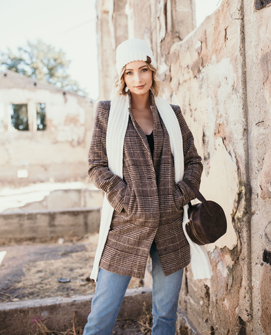 Shop Wayde Jacket Stay warm in style this season in our Wayde Jacket. This jacket offers a soft neutral plaid design with a notched collar and two side pockets. Fits true to size. 48.00 USD // ShopBellaAllure.com