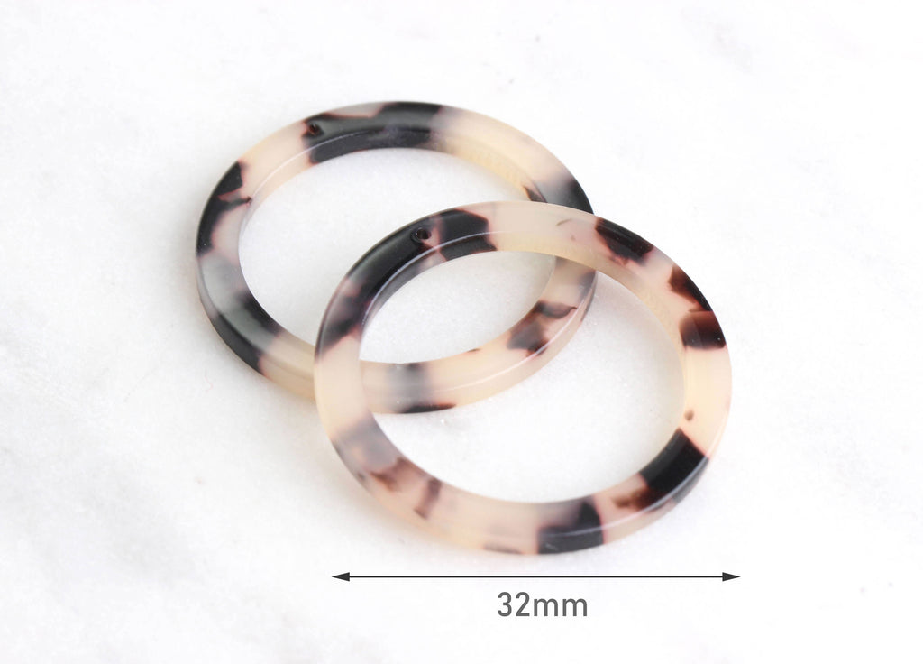 2 Blonde Tortoise Shell Ring Pendants, 1 Hole, Circle Connector Links, Cellulose Acetate, 32mm