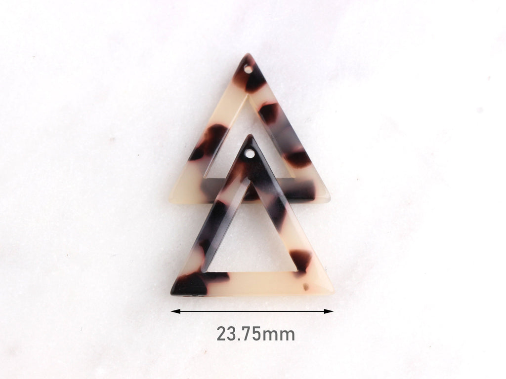 4 Blonde Tortoise Shell Large Triangle Charm, Cellulose Acetate Shapes, Thin Triangle Open, Wholesale Acetate, Light Beige Beads TR008-26-WT