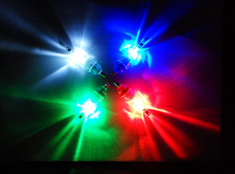 LED-Deep-Drop-Underwater-Diamond-Flashing-Light-Bait-Lure-HENGJIA