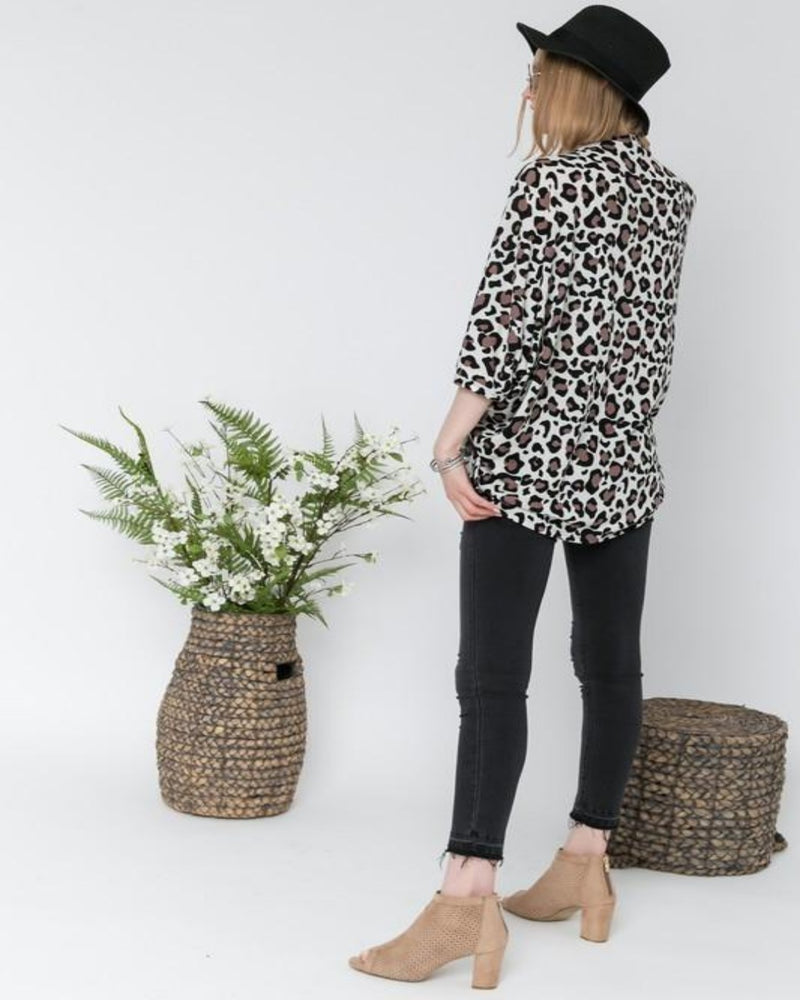 Leopard Lovers Cardigan