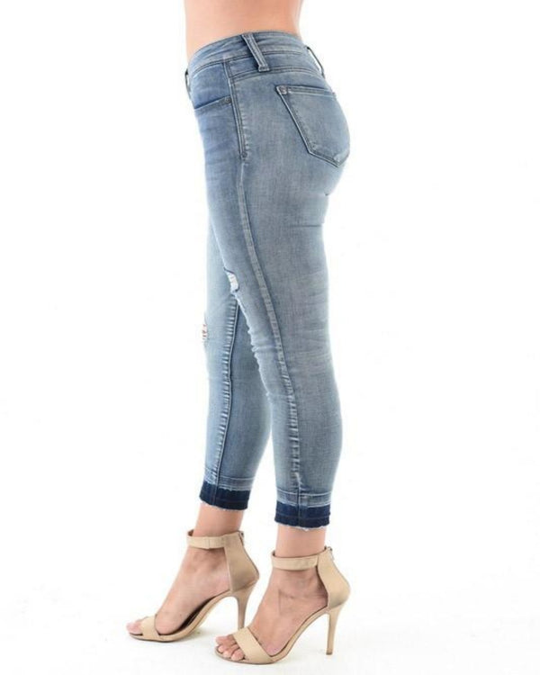 Skinny Jeans w/ released hem