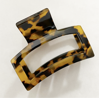 Celluloid Tortoise Medium Claw Hair Clip in Tan
