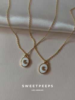 Oval Moon White Pendant Necklace (moon)
