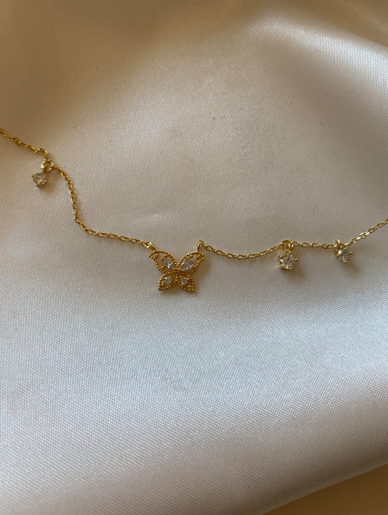 Tiny Butterfly Diamonds Necklace (B)