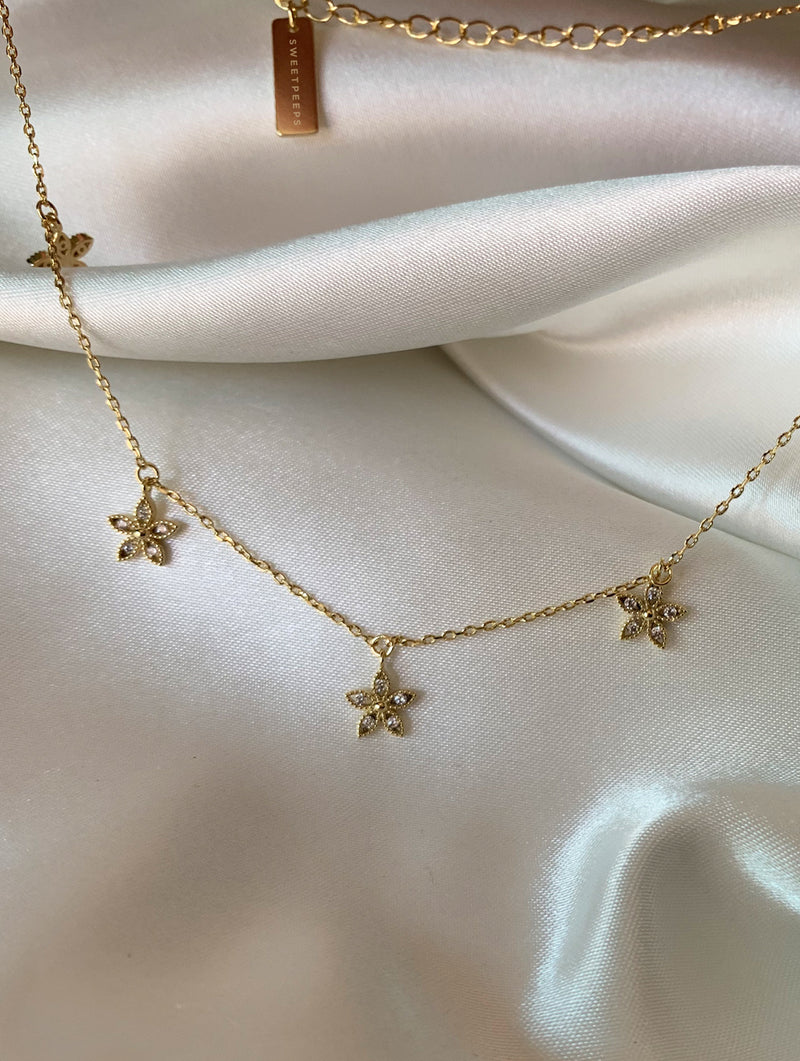 Dainty Diamond Flower Choker