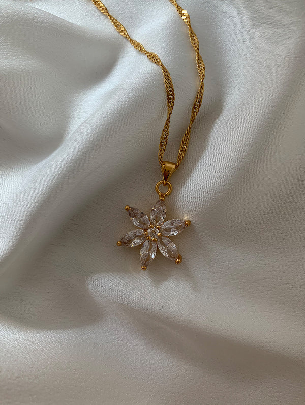 18K Gold Filled Flower Necklace
