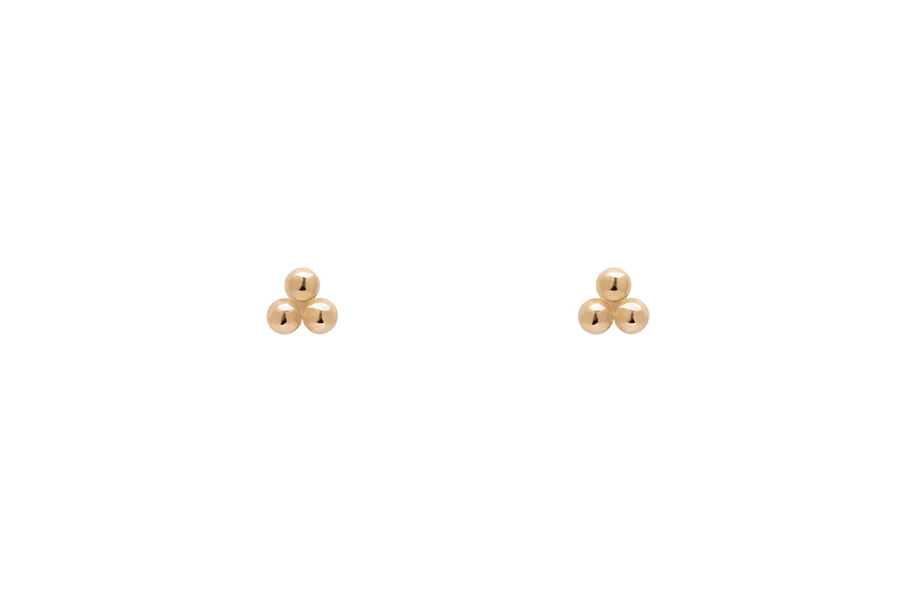 Tiny Clover Three Dot Stud Earrings E2243