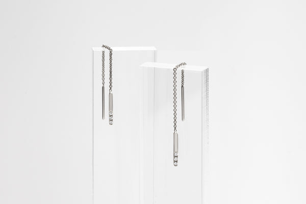 14k white Gold Linear Threader Earrings With Three Diamonds E2315