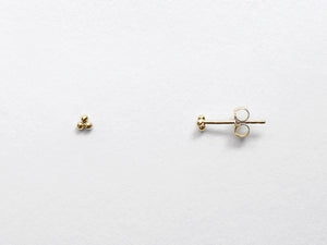 Tiny Clover Three Dot Stud Earrings
