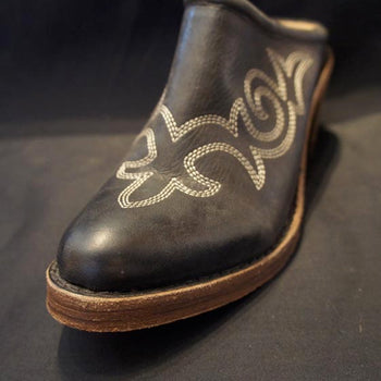 Black Round Toe Mule Shoe