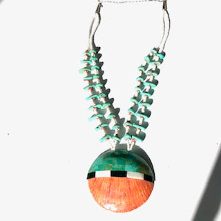Large shell long necklace inlaid with turquoise