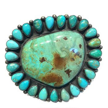 Large amazing turquoise Navajo ring