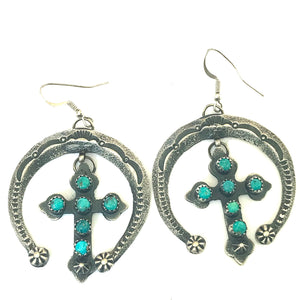 Unusual naja earrings with cross detail