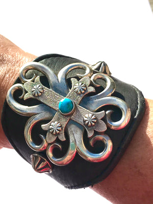 Leather Cuff bracelet sterling silver - Navajo